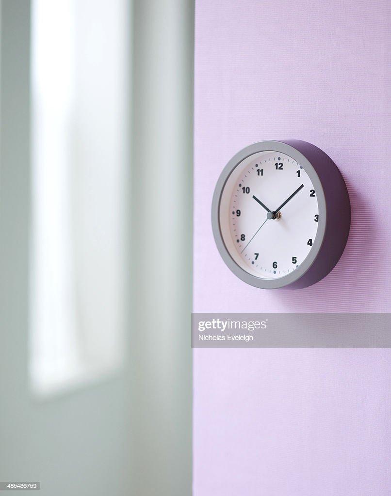 A simple wall clock