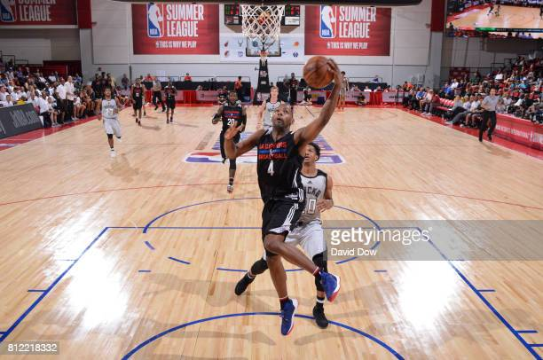 Sindarius Thornwell of the LA Clippers goes to the basket against the Milwaukee Bucks during the 2017 Las Vegas Summer League on July 10 2017 at the...