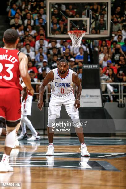 Sindarius Thornwell of the LA Clippers looks on during the preseason game against the Toronto Raptors on October 4 2017 at the Stan Sheriff Center in...