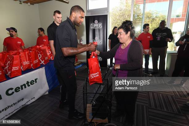 Sindarius Thornwell of the LA Clippers help host their 29th Annual Teamwork at the Table Thanksgiving event at St Joseph Center on November 14 2017...