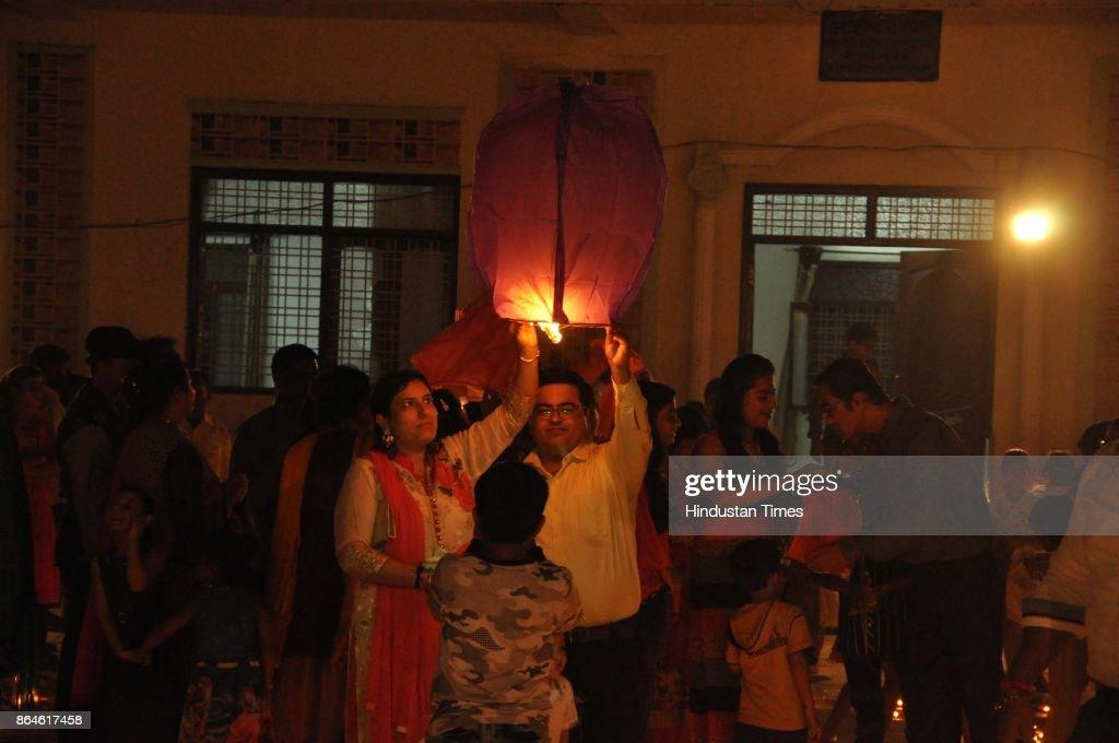 Sindhi Samaj Celebrate Deep Utsav In Varanasi