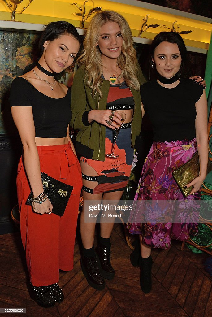 <a gi-track='captionPersonalityLinkClicked' href=/galleries/search?phrase=Sinead+Harnett&family=editorial&specificpeople=11127609 ng-click='$event.stopPropagation()'>Sinead Harnett</a>, <a gi-track='captionPersonalityLinkClicked' href=/galleries/search?phrase=Becca+Dudley&family=editorial&specificpeople=10135194 ng-click='$event.stopPropagation()'>Becca Dudley</a> and Venetia Falconer attend Urban Decay VIP dinner #UDinWonderland at Sketch on April 28, 2016 in London, England.