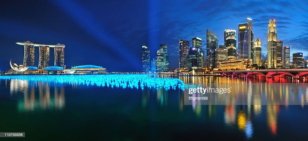 Singapore countdown at marina bay