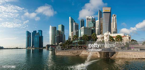Singapore Merlion Statue fountain Marina Bay