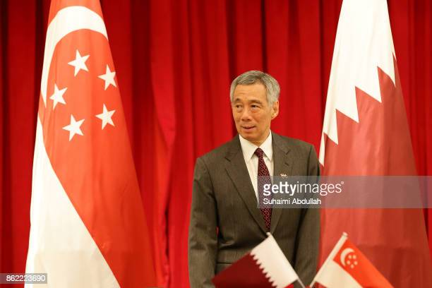 Singapore Prime Minister Lee Hsien Loong arrives at the signing of Memorandum of Understanding between Qatar and Singapore at the Istana on October...