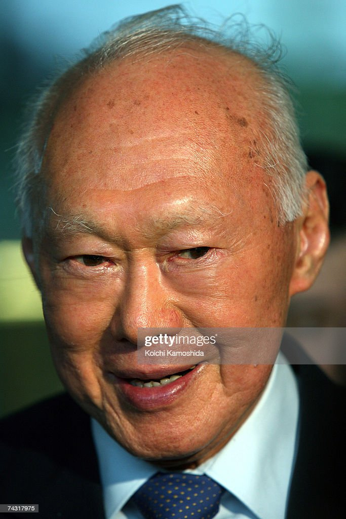 Japanese Prime Minister Shinzo Abe Meets With Singapore's Lee Kuan Yew