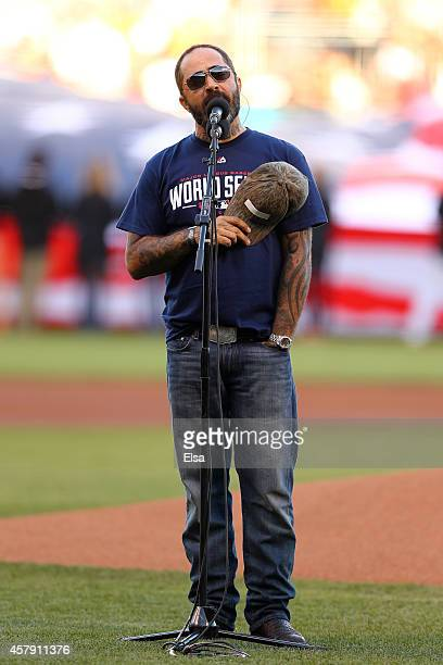 Singer Aaron Lewis performs the national anthem prior to Game Five of the 2014 World Series between the San Francisco Giants and the Kansas City...