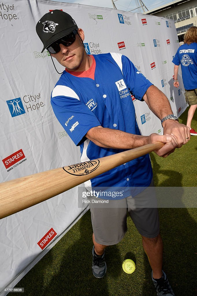 Singer Aaron Watson steps up to strike out cancer at the 25th Annual City of Hope Celebrity Softball Game 2015 at First Tennessee Park on June 13, 2015 in Nashville, Tennessee.