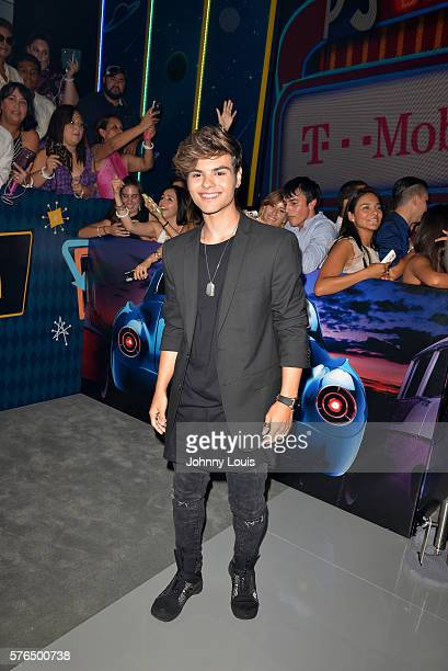 Singer Abraham Mateo arrives at Univision Premios Juventud Awards Youth Awards at Bank United Center on July 14 2016 in Miami Florida