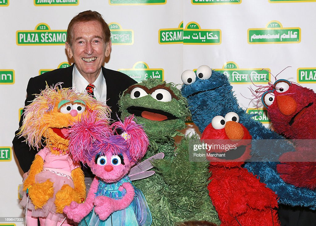 Singer/ actor <a gi-track='captionPersonalityLinkClicked' href=/galleries/search?phrase=Bob+McGrath&family=editorial&specificpeople=675311 ng-click='$event.stopPropagation()'>Bob McGrath</a> attends 11th Annual Sesame Street Workshop Benefit Gala at Cipriani 42nd Street on May 29, 2013 in New York City.