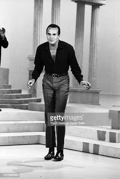 Singer actor entertainer and activist Harry Belafonte performs on 'The NAACP Freedom Spectacular' a nationwide closedcircuit TV special broadcast on...