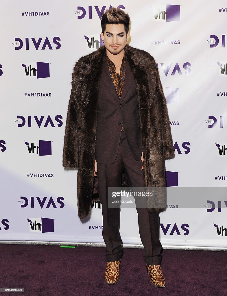 Singer Adam Lambert arrives at the 'VH1 Divas' 2012 at The Shrine Auditorium on December 16, 2012 in Los Angeles, California.