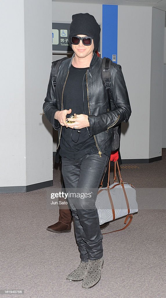 Singer <a gi-track='captionPersonalityLinkClicked' href=/galleries/search?phrase=Adam+Lambert&family=editorial&specificpeople=5706674 ng-click='$event.stopPropagation()'>Adam Lambert</a> is seen upon arrival at Narita International Airport on February 18, 2013 in Narita, Japan.