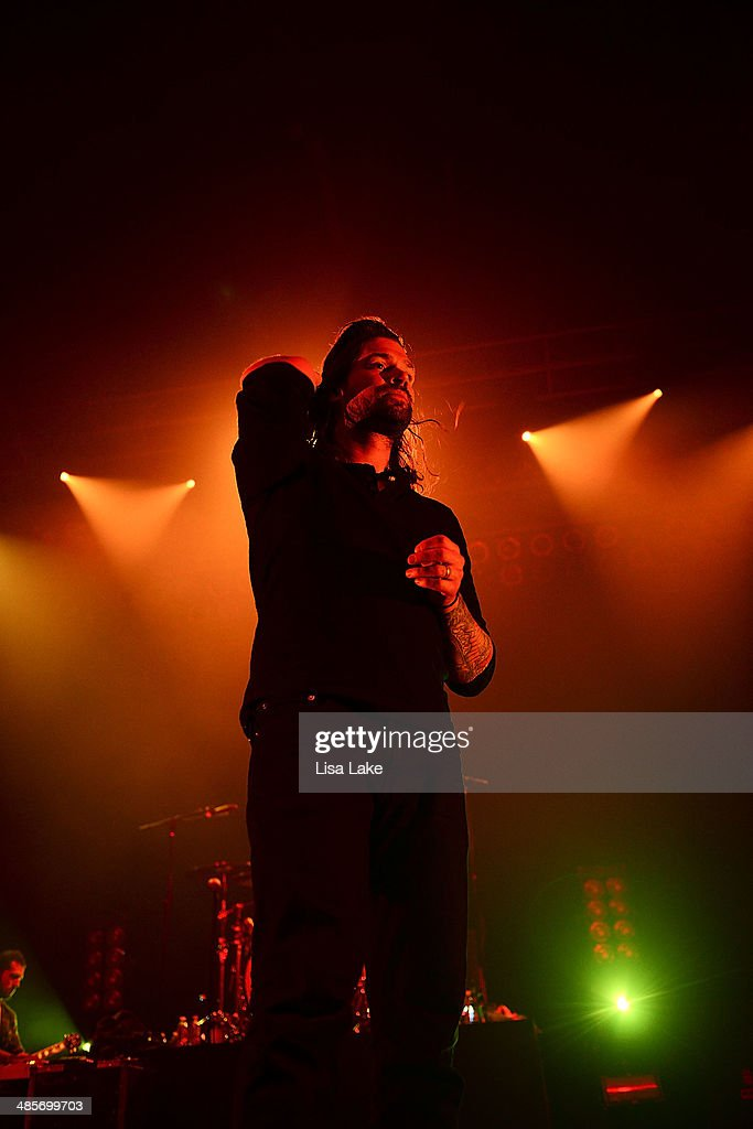 Singer <a gi-track='captionPersonalityLinkClicked' href=/galleries/search?phrase=Adam+Lazzara&family=editorial&specificpeople=2152821 ng-click='$event.stopPropagation()'>Adam Lazzara</a> of Taking Back Sunday performs at Sands Bethlehem Event Center on April 19, 2014 in Bethlehem, Pennsylvania.