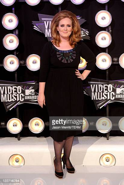 Singer Adele arrives at the 2011 MTV Video Music Awards at Nokia Theatre LA LIVE on August 28 2011 in Los Angeles California