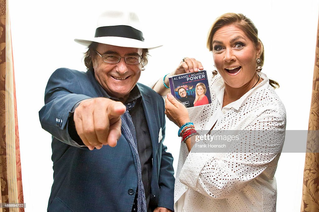 Al Baño Romina Power:Singer Al Bano and Romina Power poses at the Maritim hotel on