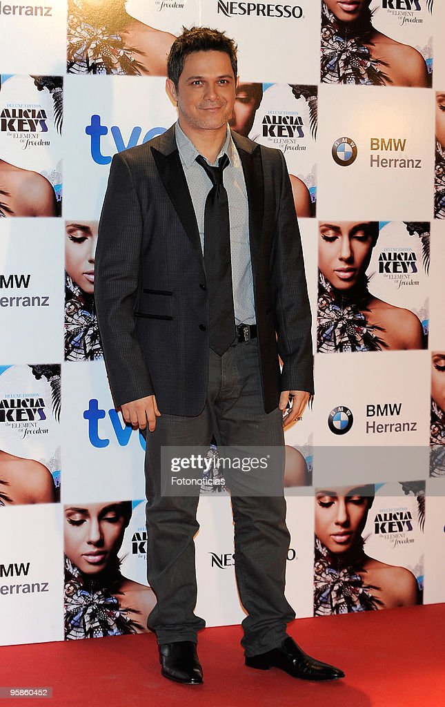 Singer Alejandro Sanz arrives to Alicia Keys concert, at The Royal Theatre on January 18, 2010 in Madrid, Spain.