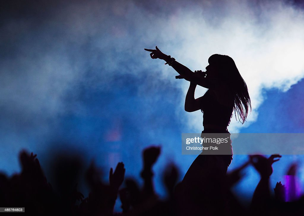 Singer <a gi-track='captionPersonalityLinkClicked' href=/galleries/search?phrase=Alexis+Krauss&family=editorial&specificpeople=6847527 ng-click='$event.stopPropagation()'>Alexis Krauss</a> of Sleigh Bells performs onstage during day 2 of the 2014 Coachella Valley Music & Arts Festival at the Empire Polo Club on April 19, 2014 in Indio, California.