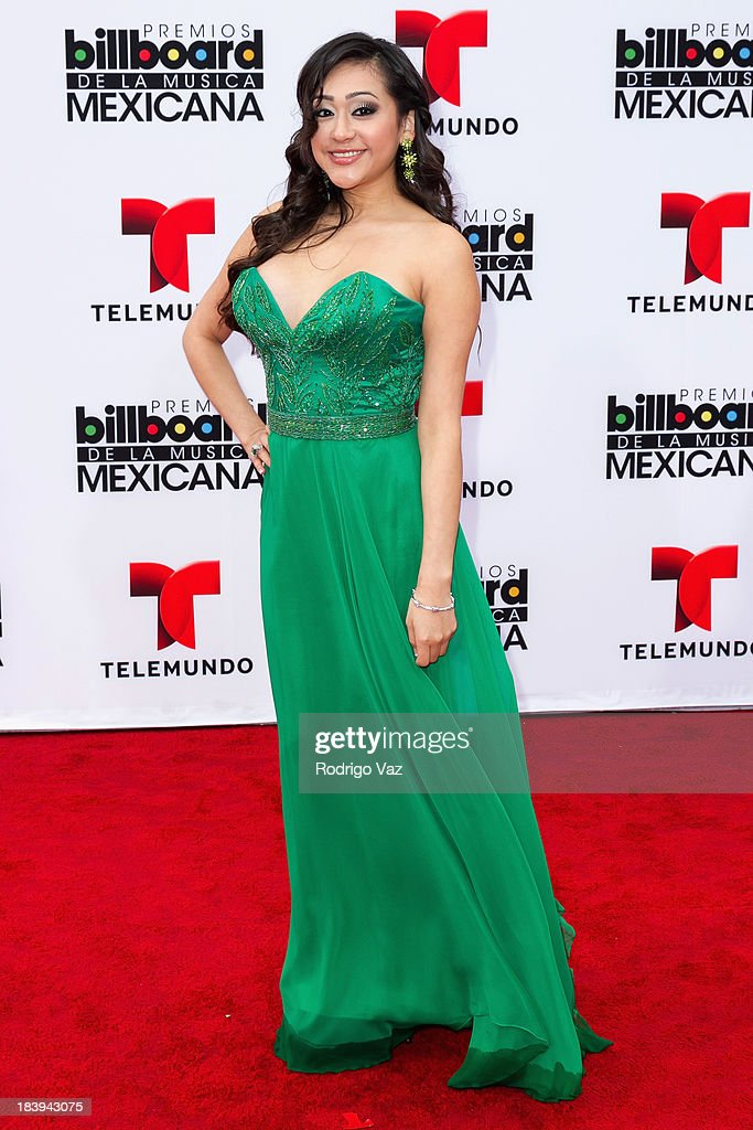 Singer Alexxa attends the 2013 Billboard Mexican Music Awards arrivals at Dolby Theatre on October 9, 2013 in Hollywood, California.