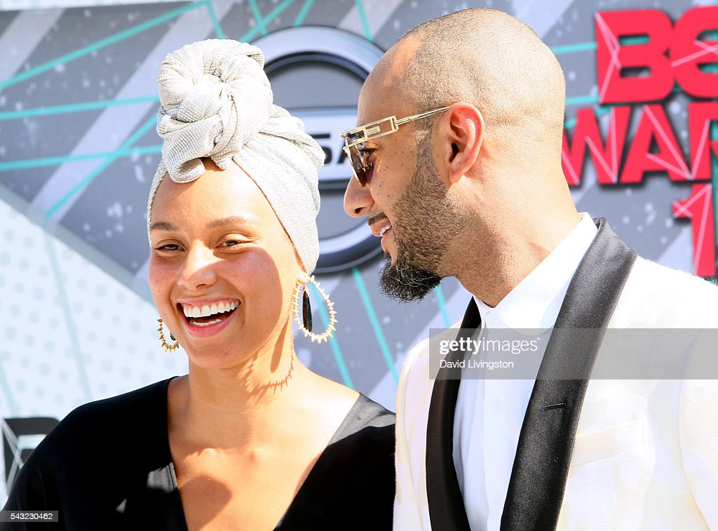 Singer <a gi-track='captionPersonalityLinkClicked' href=/galleries/search?phrase=Alicia+Keys&family=editorial&specificpeople=169877 ng-click='$event.stopPropagation()'>Alicia Keys</a> (L) and <a gi-track='captionPersonalityLinkClicked' href=/galleries/search?phrase=Swizz+Beatz&family=editorial&specificpeople=567154 ng-click='$event.stopPropagation()'>Swizz Beatz</a> attend the 2016 BET Awards at Microsoft Theater on June 26, 2016 in Los Angeles, California.