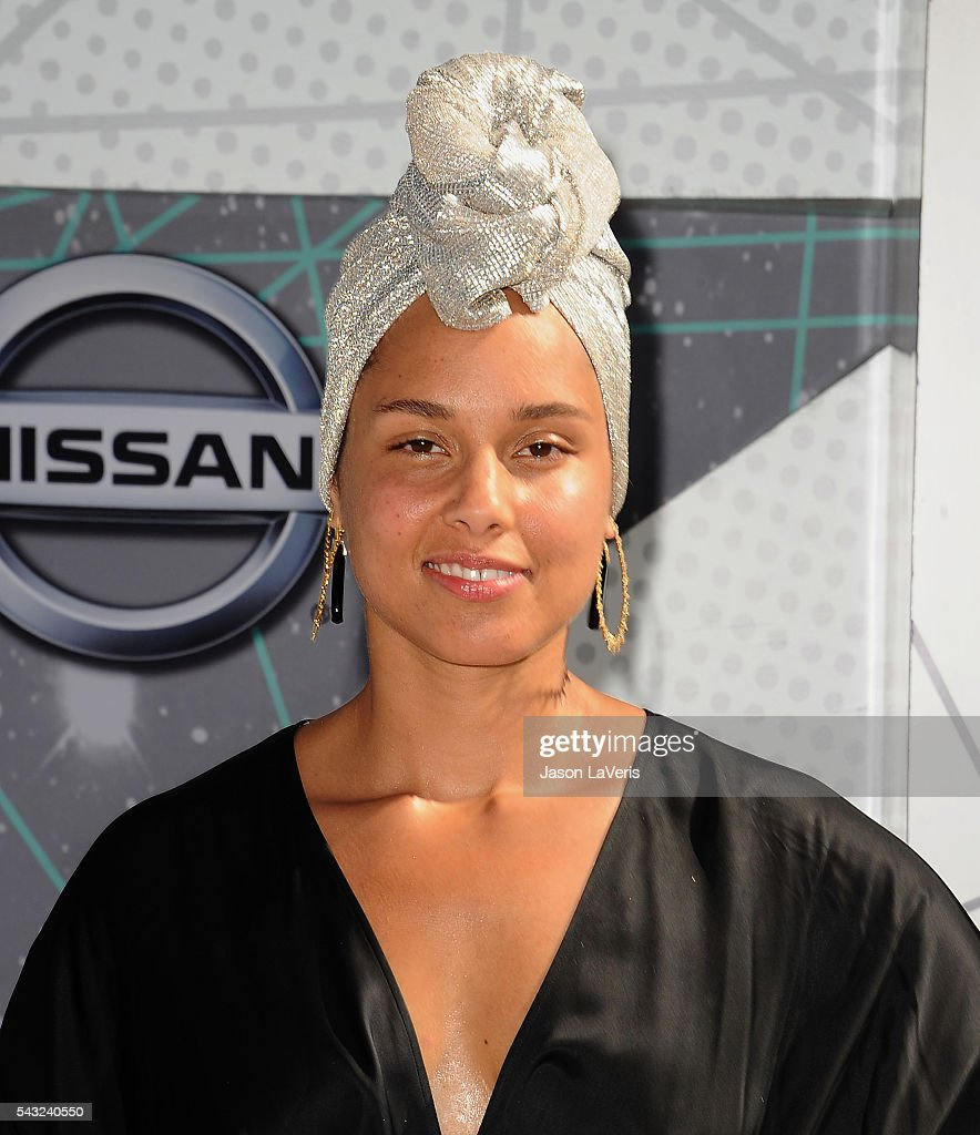 Singer <a gi-track='captionPersonalityLinkClicked' href=/galleries/search?phrase=Alicia+Keys&family=editorial&specificpeople=169877 ng-click='$event.stopPropagation()'>Alicia Keys</a> attends the 2016 BET Awards at Microsoft Theater on June 26, 2016 in Los Angeles, California.