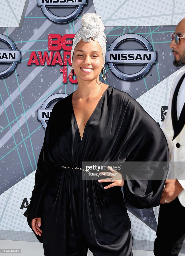 Singer <a gi-track='captionPersonalityLinkClicked' href=/galleries/search?phrase=Alicia+Keys&family=editorial&specificpeople=169877 ng-click='$event.stopPropagation()'>Alicia Keys</a> attends the 2016 BET Awards at the Microsoft Theater on June 26, 2016 in Los Angeles, California.