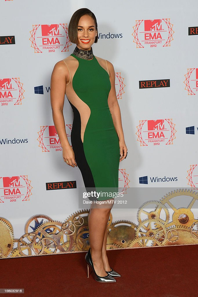 Singer <a gi-track='captionPersonalityLinkClicked' href=/galleries/search?phrase=Alicia+Keys&family=editorial&specificpeople=169877 ng-click='$event.stopPropagation()'>Alicia Keys</a> attends the MTV EMA's 2012 at Festhalle Frankfurt on November 11, 2012 in Frankfurt am Main, Germany.