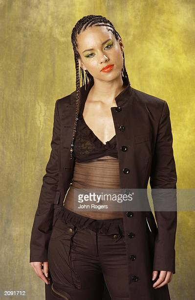 Singer Alicia Keys backstage at the MTV Europe Awards 2001 in Festhalle Frankfurt Germany November 8 2001