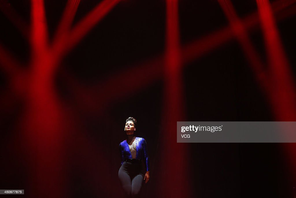 Singer Alicia Keys performs on the stage in concert at Mercedes-Benz Arena on November 20, 2013 in Shanghai, China.