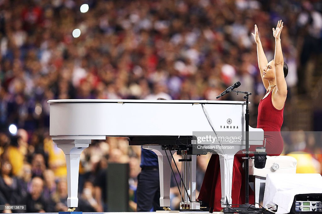 Singer Alicia Keys performs the National Anthem during Super Bowl XLVII between the Baltimore Ravens and the San Francisco 49ers at the Mercedes-Benz Superdome on February 3, 2013 in New Orleans, Louisiana.