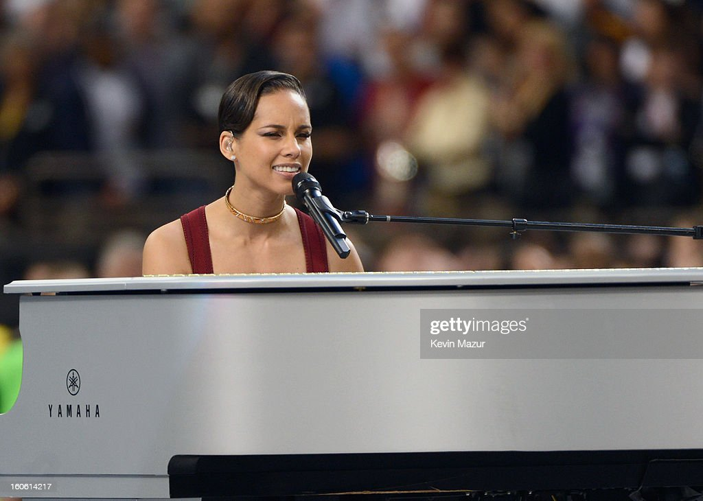 Singer Alicia Keys performs The Star-Spangled Banner during the Pepsi Super Bowl XLVII Pregame Show at Mercedes-Benz Superdome on February 3, 2013 in New Orleans, Louisiana.