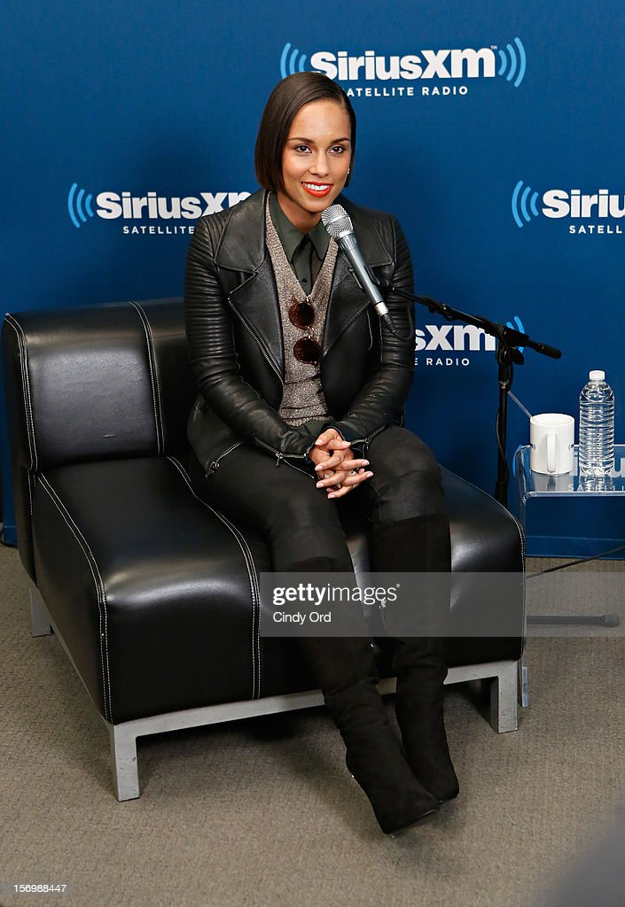 Singer <a gi-track='captionPersonalityLinkClicked' href=/galleries/search?phrase=Alicia+Keys&family=editorial&specificpeople=169877 ng-click='$event.stopPropagation()'>Alicia Keys</a> speaks during the SiriusXM Town Hall With <a gi-track='captionPersonalityLinkClicked' href=/galleries/search?phrase=Alicia+Keys&family=editorial&specificpeople=169877 ng-click='$event.stopPropagation()'>Alicia Keys</a> And Moderator Sway Calloway Live On 'Heart And Soul' at SiriusXM Studios on November 26, 2012 in New York City.
