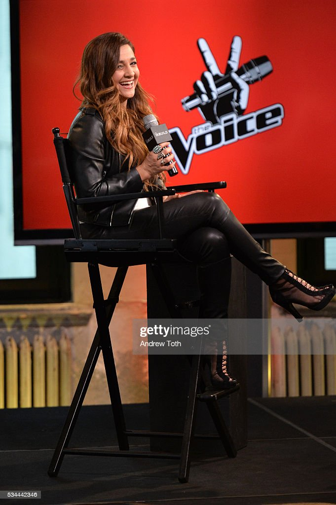 Singer <a gi-track='captionPersonalityLinkClicked' href=/galleries/search?phrase=Alisan+Porter&family=editorial&specificpeople=668247 ng-click='$event.stopPropagation()'>Alisan Porter</a> attends AOL Build Presents Season 10 Winner of 'The Voice' at AOL Studios In New York on May 26, 2016 in New York City.