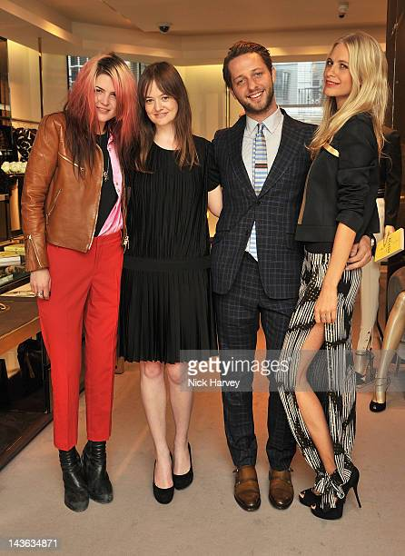 Singer Alison Mosshart Leith Clark Fashion writer Derek Blasberg and Poppy Delevingne attend the Gucci Hosts 'Very Classy' by Derek Blasberg at the...