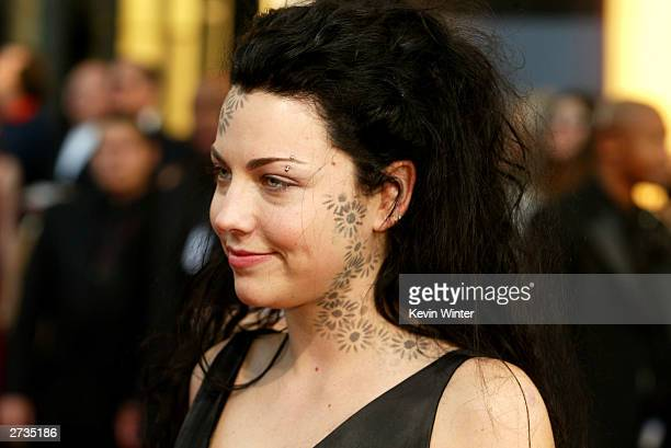 Singer Amy Lee of Evanescence attends the 31st Annual American Music Awards at The Shrine Auditorium November 16 2003 in Los Angeles California