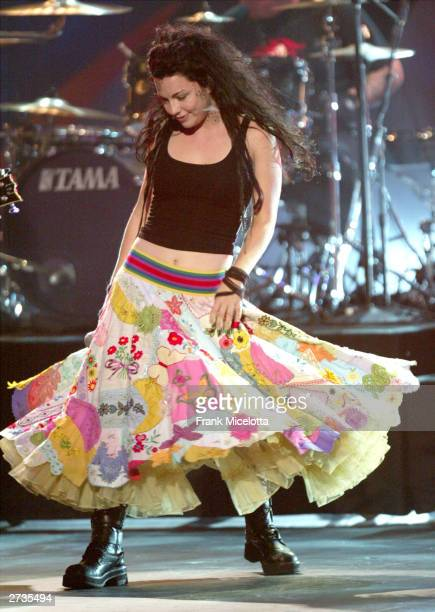 Singer Amy Lee of Evanescence performs on stage during the 31st Annual American Music Awards at The Shrine Auditorium November 16 2003 in Los Angeles...