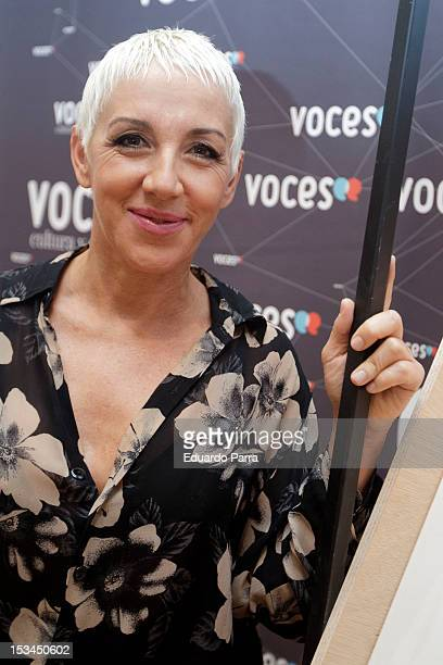 Singer Ana Torroja attendsg the exhibition 'Voces que pintan' before the press conference of presentation at Casa de America on October 5 2012 in...