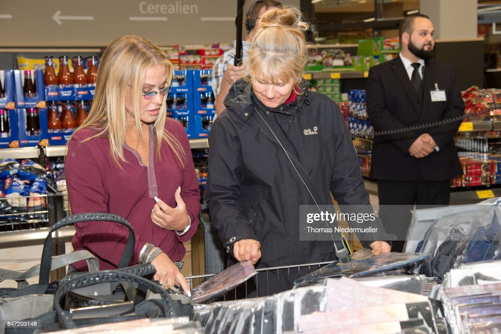 Singer Anastacia is seen at Shoppingcenter 'Das Gerber' to have a look at her new fashion collection on September 14, 2017 in Stuttgart, Germany.