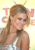 Singer and actress Carmen Electra arrives at the 8th annual Teen Choice Awards held at Gibson Amphitheatre in Universal City Jewelry by Neil Lane