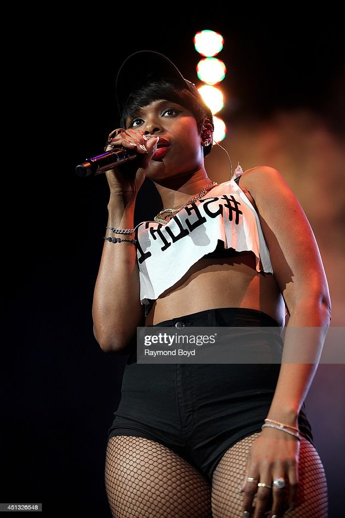 Singer and actress Jennifer Hudson performs at the United Center during the 'WGCI-FM Summer Jam 2014' on June 22, 2014 in Chicago, Illinois.