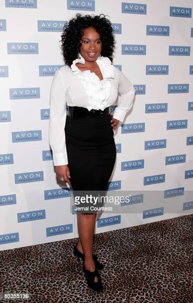 Singer and Actress Jennifer Hudson poses for a photo at the 7th Annual Avon Foundation Awards Celebration at 583 Park on October 30 2007 in New York...