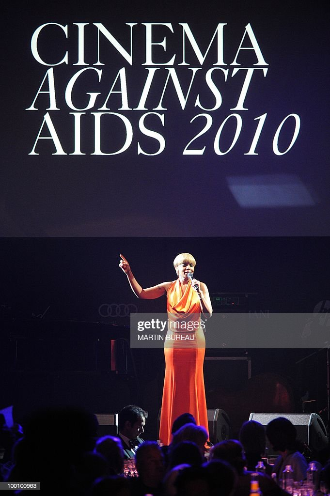 US singer and actress Mary J. Blige performs at amfAR's Cinema Against Aids 2010 benefit gala on May 20, 2010 in Antibes, southeastern France.