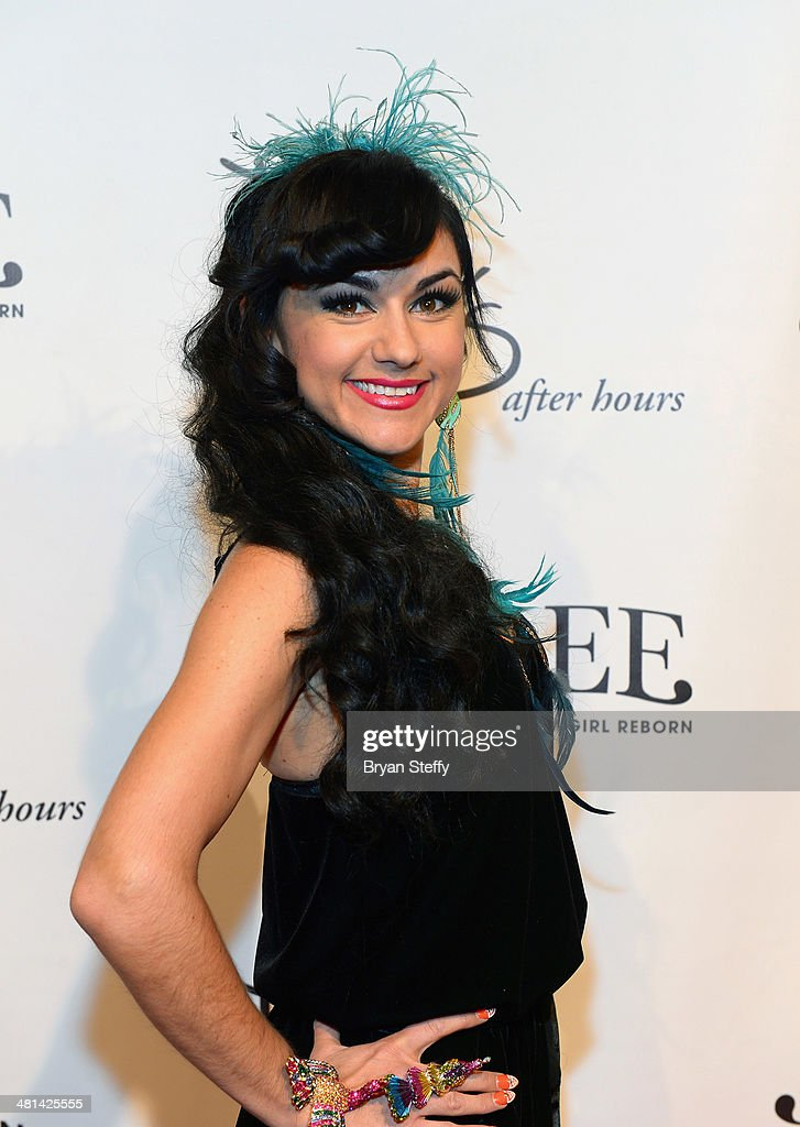 Singer and burlesque dancer Melody Sweets arrive at the 'Jubilee!' show's grand reopening at Ballys Las Vegas on March 29, 2014 in Las Vegas, Nevada.