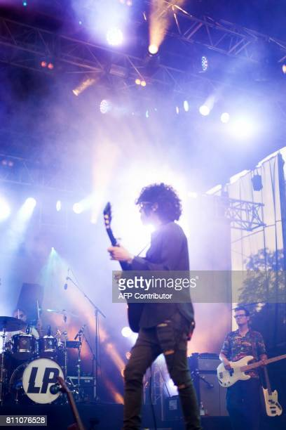 US singer and guitarist Laura Pergolizzi aka LP performs during the 24th edition of the Cognac Blues festival in Cognac on July 8 2017 / AFP PHOTO /...