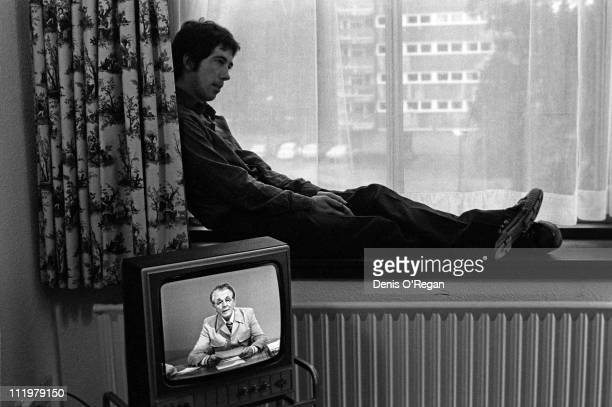 Singer and guitarist Pete Shelley of The Buzzcocks in his Belfast hotel room in 1978