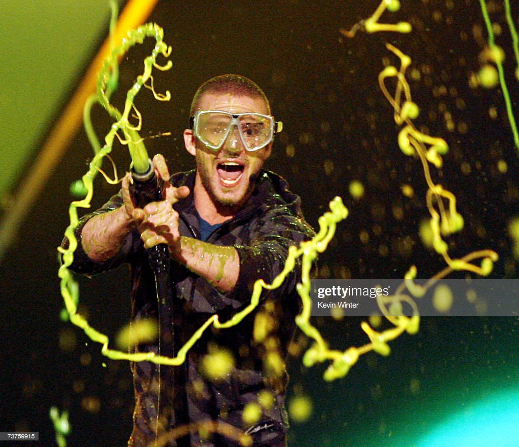 Singer and host <a gi-track='captionPersonalityLinkClicked' href=/galleries/search?phrase=Justin+Timberlake&family=editorial&specificpeople=157482 ng-click='$event.stopPropagation()'>Justin Timberlake</a> gets slimed at Nickelodeon's 20th Annual Kids' Choice Awards at UCLA's Pauley Pavilion on March 31, 2007 in Westwood, California.