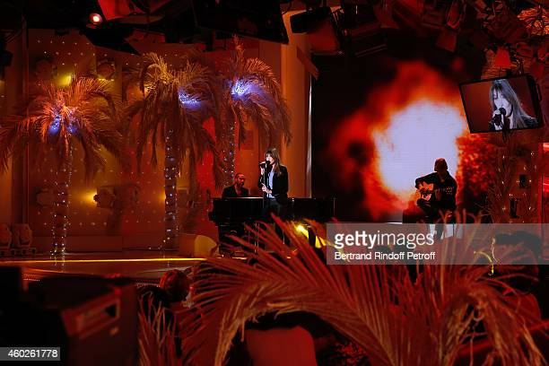 Singer and main guest of the show Carla Bruni performs and presents the DVD 'Carla Bruni a l'Olympia' during the 'Vivement Dimanche' French TV at...