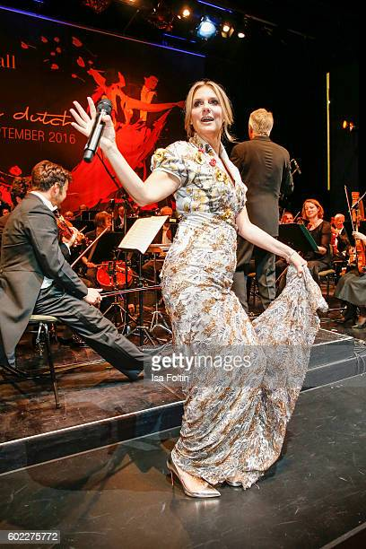 Singer and moderator Kim Fisher performs during the Leipzig Opera Ball 2016 on September 10 2016 in Leipzig Germany