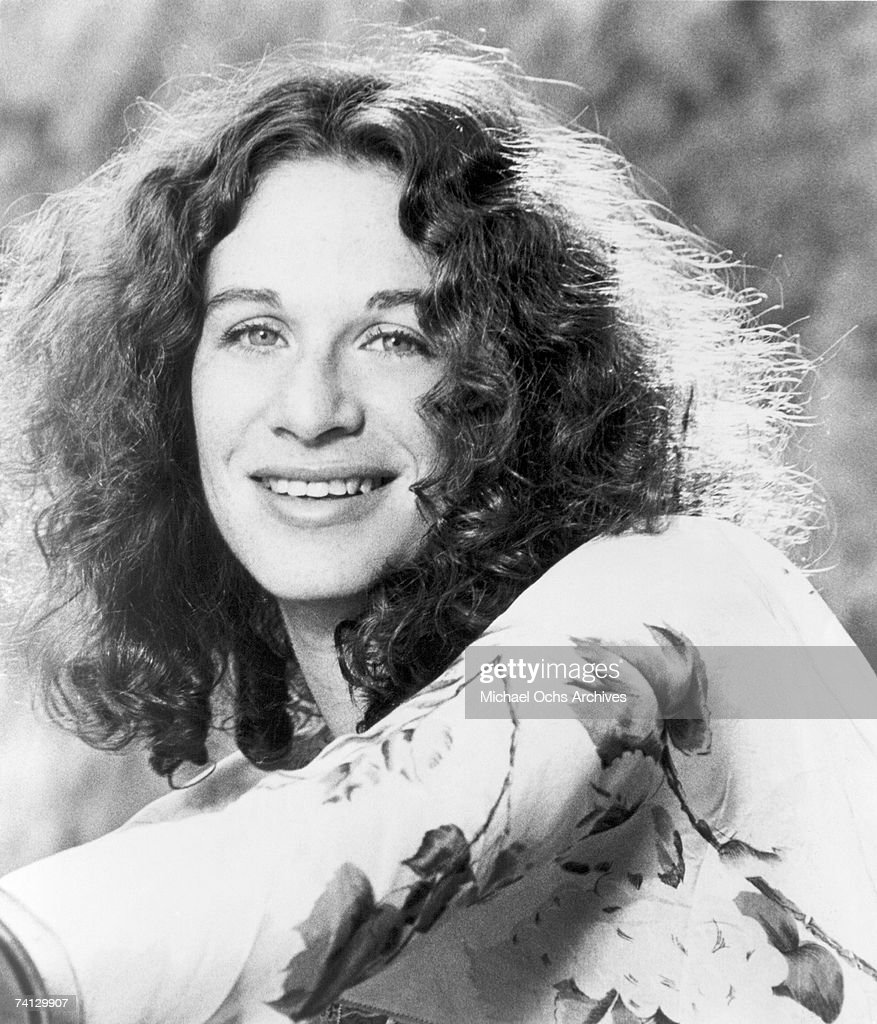 Singer and Songwriter Carole King poses for publicity photo circa 1970
