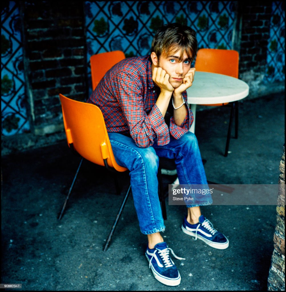 Singer and songwriter Damon Albarn of English rock group Blur, circa 1995.